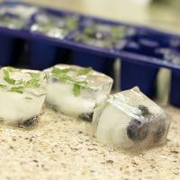 DIY: BLUEBERRY MINT ICE