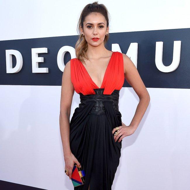 Nina-Dobrev-Red-Carpet-MTV-VMAs-2014