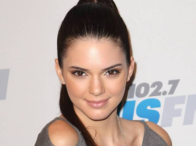 370758-kendall-jenner-kendall-pretty-eyes