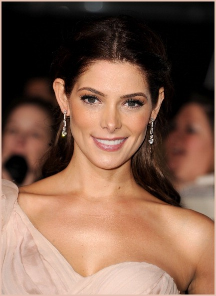 Ashley-Greene-Beautiful-Skin-Secret