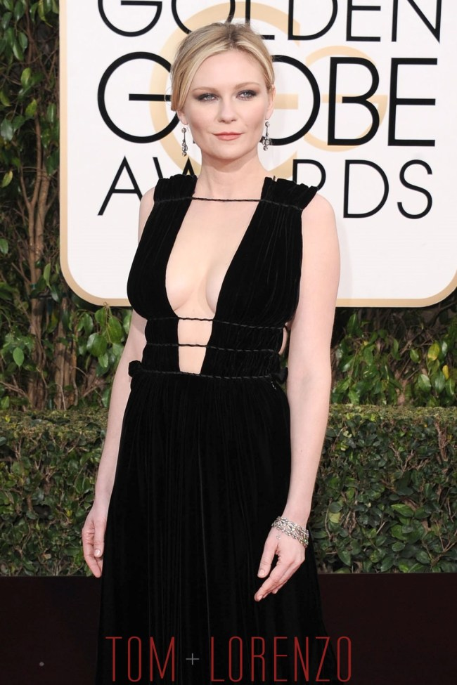 Kirsten-Dunst-Golden-Globes-2016-Red-Carpet-Fashion-Valentino-Couture-Tom-Lorenzo-Site-1